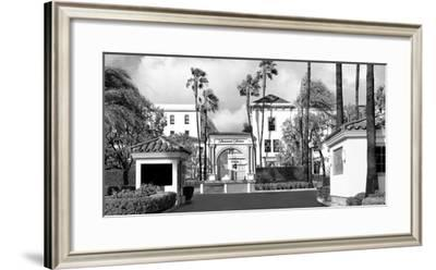 Paramount Stage-Golie Miamee-Framed Photographic Print