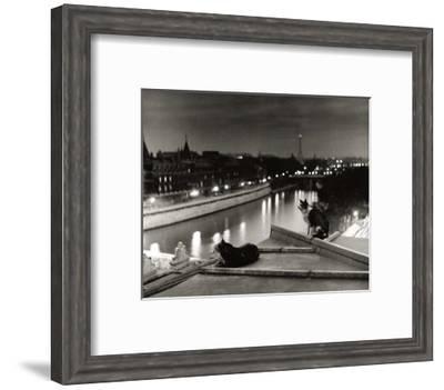 Paris, Cats at Night-Robert Doisneau-Framed Art Print