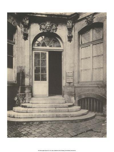 Paris Courtyard Doorway-Eugene Atget-Art Print