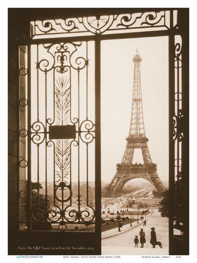 Paris, France - Eiffel Tower (Tour Eiffel) - View from the Trocad?, Palais de Chaillot-Pacifica Island Art-Art Print