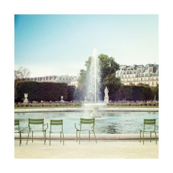Paris Moments V-Laura Marshall-Art Print