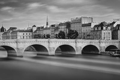 https://imgc.artprintimages.com/img/print/paris-river_u-l-q10payi0.jpg?p=0