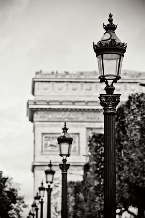 https://imgc.artprintimages.com/img/print/parisian-lightposts-bw-i_u-l-q10pw570.jpg?p=0