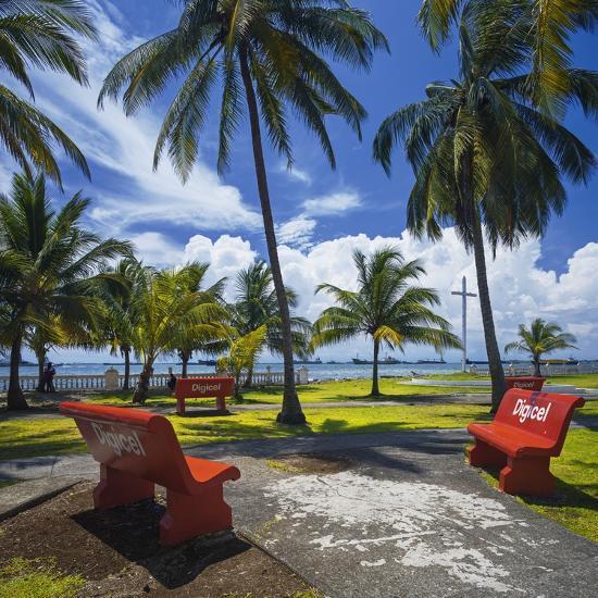 Parque De La Juventud on the Waterfront in Colon.-Jon Hicks-Photographic Print
