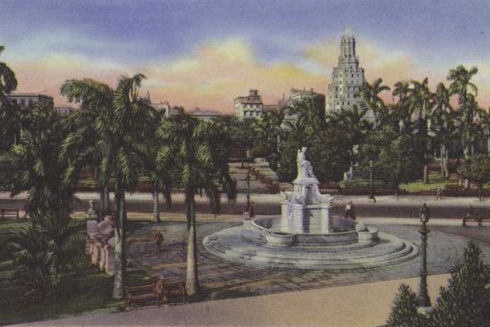 Parque Fraternidad, Estatua De La India, Fraternity Park, India Statue--Photographic Print