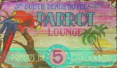 Parrot Lounge Vintage