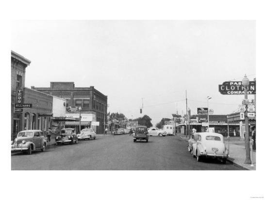 Pasco, WA Main Street View Photograph - Pasco, WA-Lantern Press-Art Print