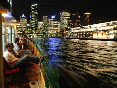 https://imgc.artprintimages.com/img/print/passenger-ferry-in-circular-quay-sydney-australia_u-l-p2t0vm0.jpg?p=0
