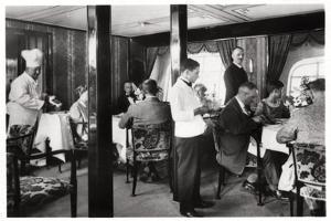Passengers' Dining Room, Zeppelin LZ 127 Graf Zeppelin, 1933