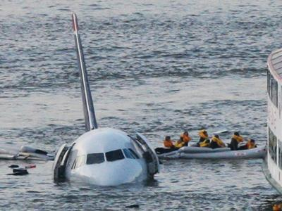 Passengers in a Raft Move from an Airbus 320 US Aircraft That Has Gone Down in the Hudson River--Photographic Print