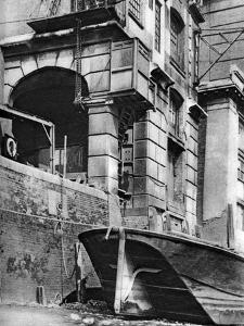 The Remnants of a Thames-Side City Merchant Mansion, Near Cannon Street Station, 1926-1927 by Paterson