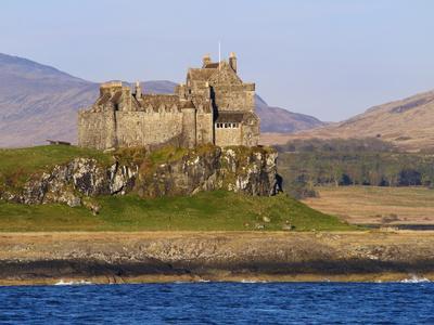 Duart Castle, Isle of Mull, Inner Hebrides, Scotland, Uk