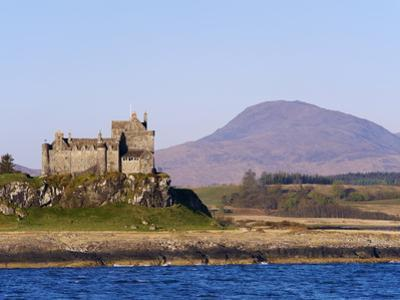Duart Castle, Isle of Mull, Inner Hebrides, Scotland, Uk by Patrick Dieudonne