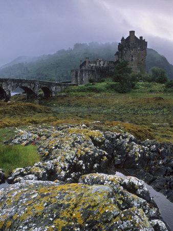 Eilean Donan Castle, Dornie, Highland Region, Scotland, United Kingdom, Europe