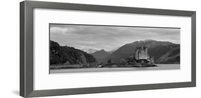 Eilean Donan Castle, Dornie, Lochalsh, Highland Region, Scotland, United Kingdom, Europe
