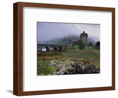 Eilean Donan Castle, Standing Where Three Lochs Join, Dornie, Highland Region, Scotland, UK