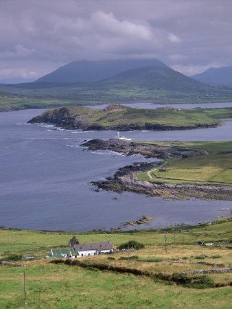 Lighthouse, Beginish Island, Ring of Kerry, County Kerry, Munster, Republic of Ireland