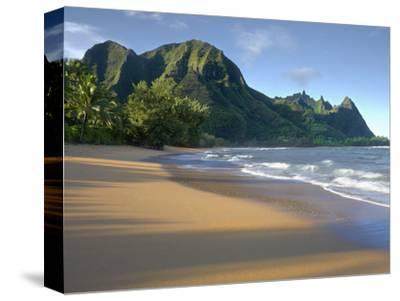 Haena Beach on Kauai, Hawaii, USA Is a Classic Vision of Paradise