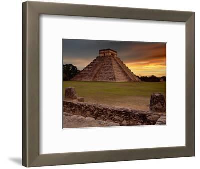 The Kukulcan Pyramid or El Castillo at Chichen Itza, Yucatan, Mexico
