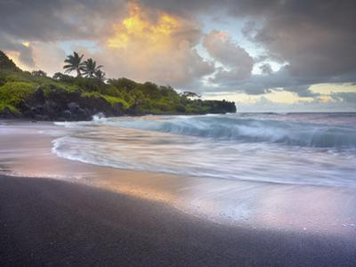 Waves Crashing onto Waianapanapa Black Sand Beach Near Hana, Maui, Hawaii, USA by Patrick Smith