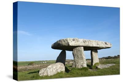 Chamber Tomb of Lanyon Quoit, Land's End Peninsula, Cornwall, England