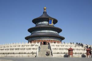 China, Beijing, Hall of Prayer for Good Harvest, Temple of Heaven Park by Paul Souders