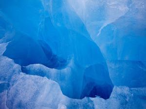 Glacial Iceberg in Lilliehook Fjord in Svalbard by Paul Souders