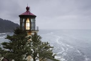 Heceta Head Lighthouse, Oregon by Paul Souders