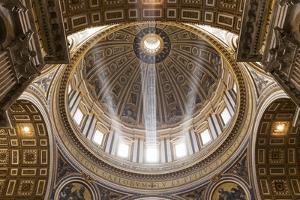 Saint Peter's Basilica, Vatican City by Paul Souders