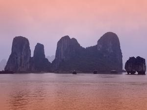 Boats in Halong Bay by Paul Thompson