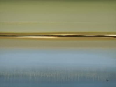 https://imgc.artprintimages.com/img/print/peaceful-fusion_u-l-pz8ycm0.jpg?artPerspective=n