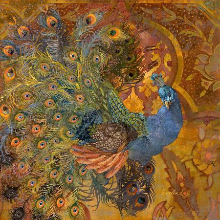 peacock-prance