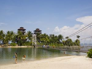 Palawan Beach, Sentosa Island, Singapore, Southeast Asia by Pearl Bucknall