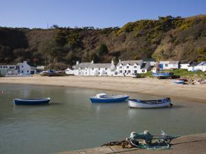 Penrhyn Nefyn, Porth Nefyn Bay on Lleyn Peninsula, Morfa Nefyn, Gwynedd, North Wales, UK by Pearl Bucknall