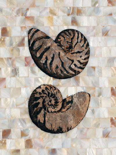 Pearlized Nautilus-Regina-Andrew Design-Art Print