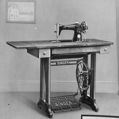 Pedal Foot Singer Sewing Machine--Photographic Print
