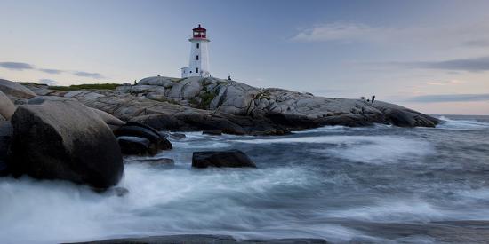 peggys-cove-lighthouse-sunset