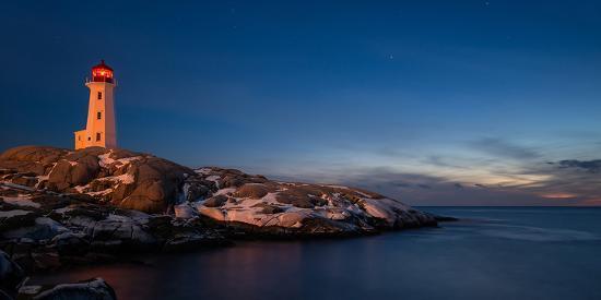 peggys-cove-s-lighthouse-dusk