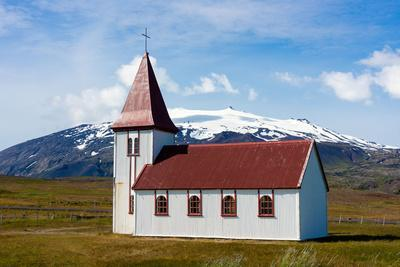 https://imgc.artprintimages.com/img/print/peninsula-snaefellsnes-church-in-hellnar_u-l-q11w2kw0.jpg?p=0