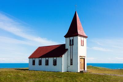 https://imgc.artprintimages.com/img/print/peninsula-snaefellsnes-church-in-hellnar_u-l-q11w2qy0.jpg?p=0