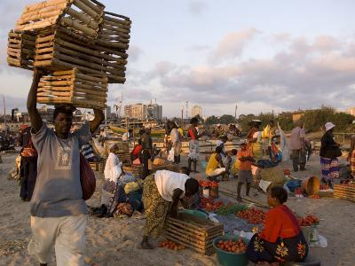 People at Beach Market, Beira, Sofala, Mozambique-Ariadne Van Zandbergen-Photographic Print