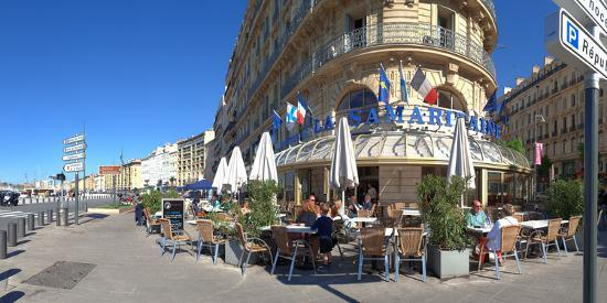People at sidewalk cafe, Marseille, Bouches-Du-Rhone, Provence-Alpes-Cote D'Azur, France--Photographic Print