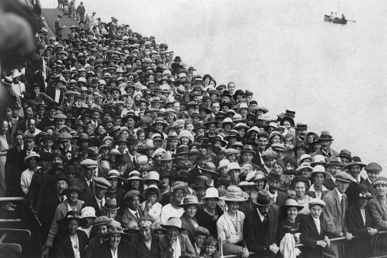 People Waiting to Go on a Boat Trip, Bournemouth Pier, August 1921--Giclee Print