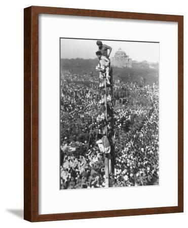 People Watching Mohandas K. Gandhi's Funeral from Tower-Margaret Bourke-White-Framed Premium Photographic Print