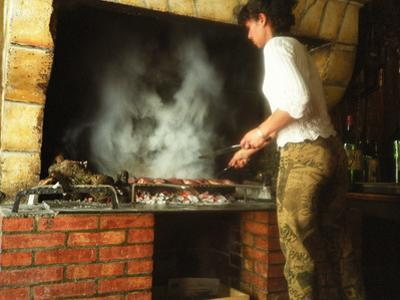 Making Duck Breast on Grill in Auberge Les Vignes, Sauternes, Bordeaux, Gironde, France