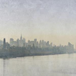 Silver Mist II by Pete Kelly