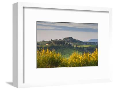Hilltop Village Nr Asciano, Tuscany, Italy