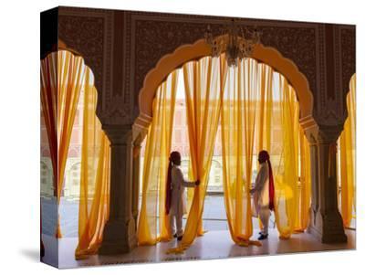 Palace Attendents, Chandra Mahal (City Palace), Jaipur, Rajasthan, India.