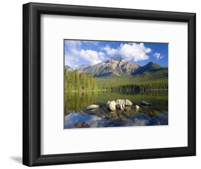 Pyramid Lake, Jasper National Park, Alberta, Rockies, Canada