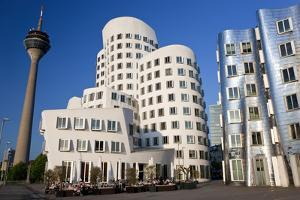 The Neuer Zollhof Building, Media Harbor, Dusseldorf, Germany by Peter Adams